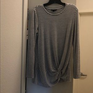 Lux spin long sleeve tee